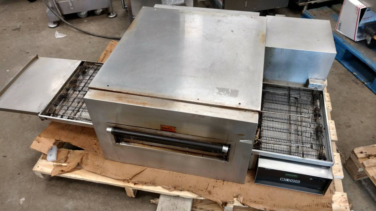 Lincoln Impinger 1132 Countertop Conveyor Pizza Oven